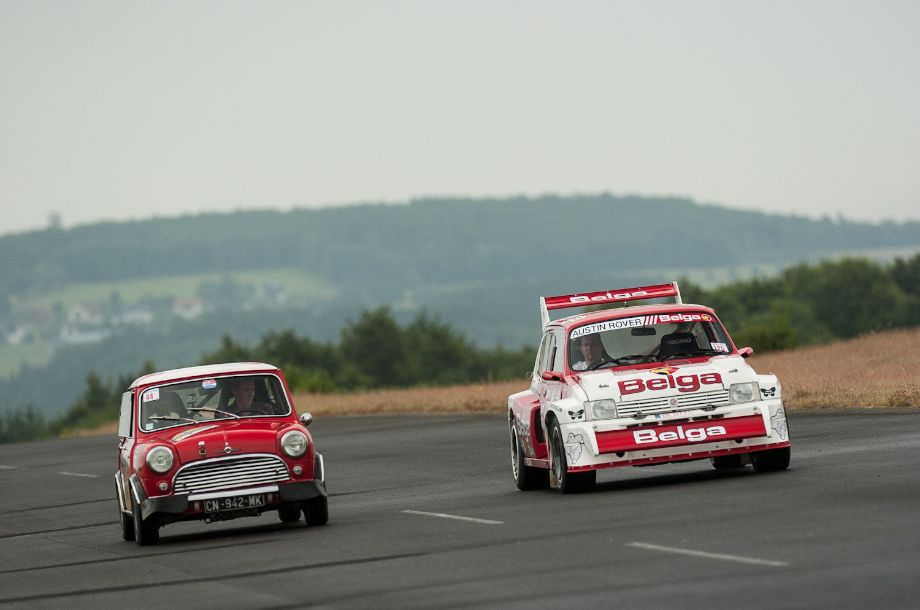 1967 Morris Mini Cooper S and 1986 MG Metro 6R4