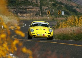 Porsche 356 of Eduardo Henkel and Sergio Puente