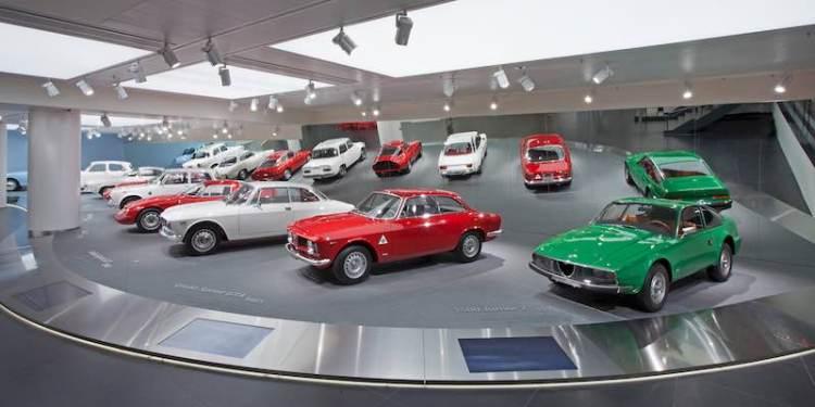 Alfa Romeo Giulia display
