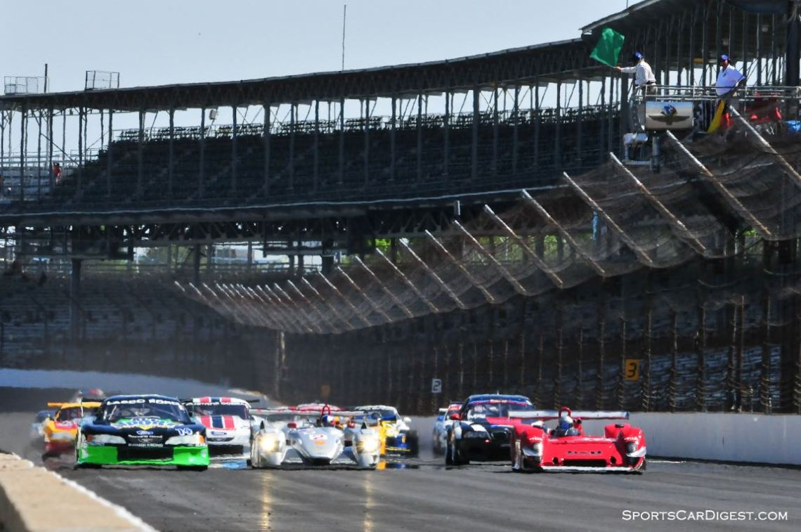 Green flag for the Historic GT/GTP Enduro.