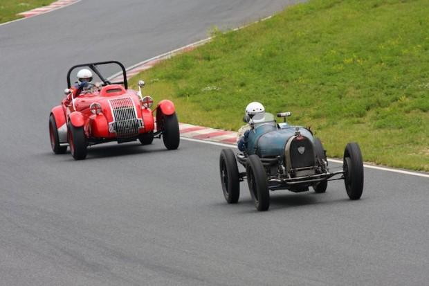 Alexander Leith - 1931 Bugatti T37 leads Peter McManus - 1949 Allard