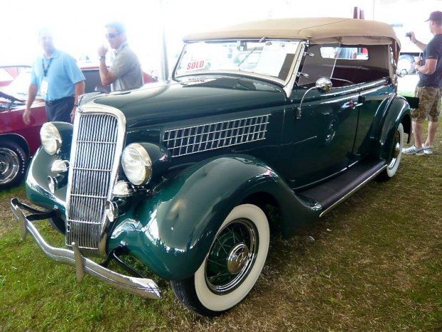 1935 Ford Model 48 Phaeton