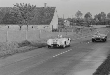 The 1955 Cunningham C-6R at the 1955 24 Hours of Le Mans