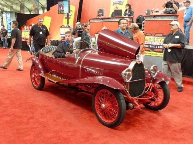 1925 Bugatti Type 23 Brescia Roadster
