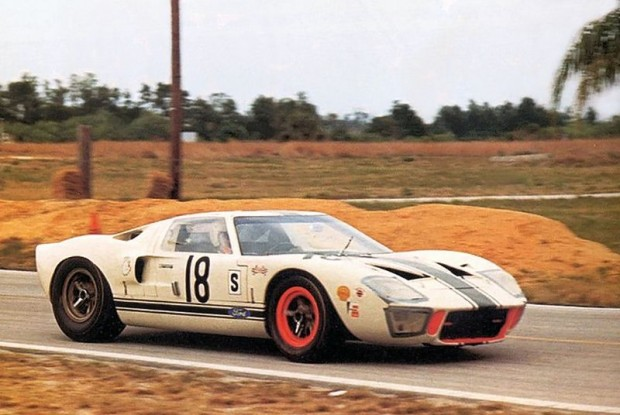 Canadian Comstock Ford GT40, Bob McLean, Jean Oulette, 1966 Sebring 12 Hours