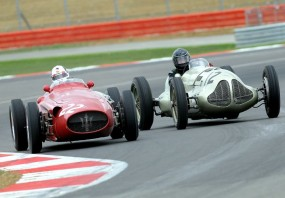 Maserati 250F battles ERA E-Type GP1 of Duncan Ricketts