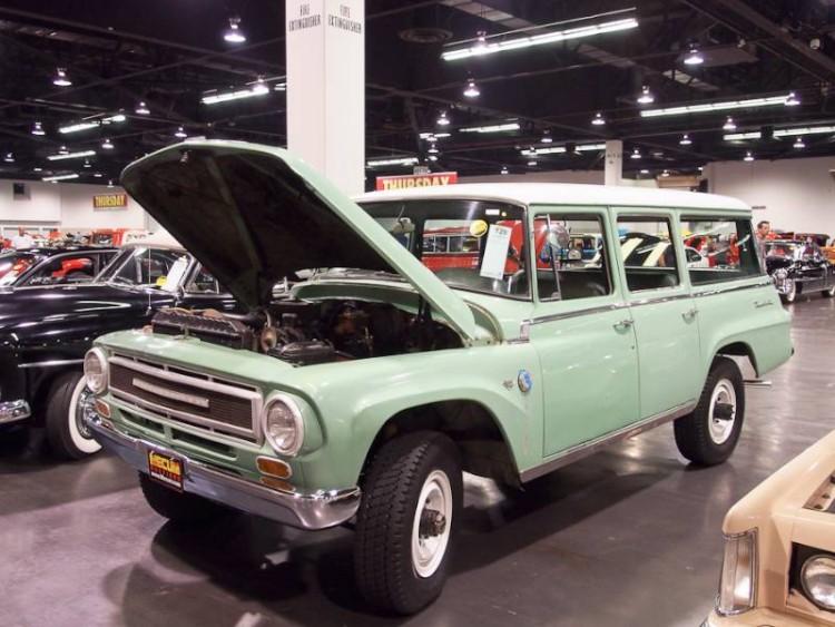 1968 International 1200 Travelall Utility