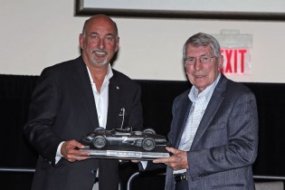 Bobby Rahal (l) presents Vic Elford with the RRDC Phil Hill award for 2015