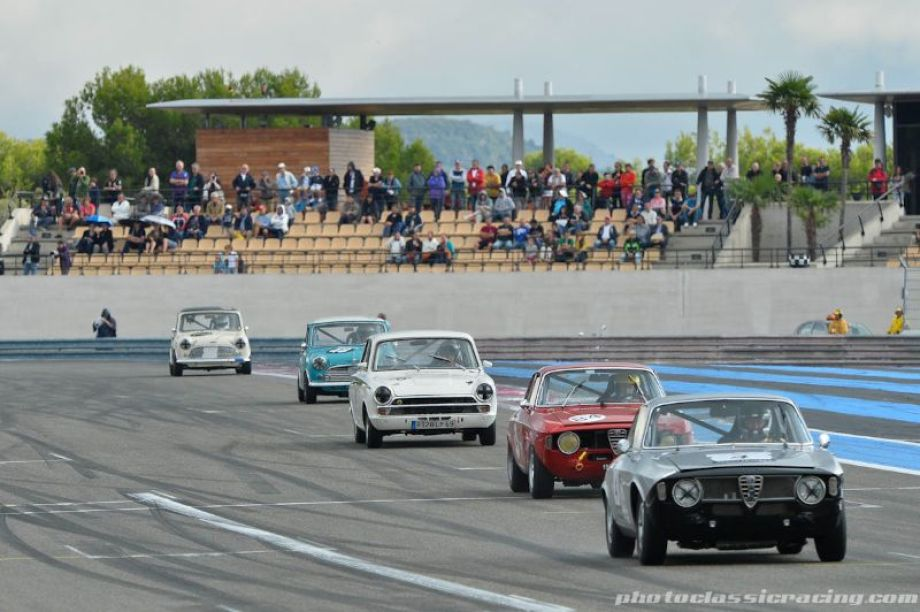 Alfa Romeo 1600 GTAs lead Ford Lotus Cortina and Mini Coopers