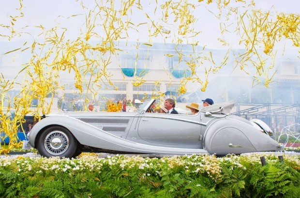 1937 Horch 853 Voll & Ruhrbeck Sport Cabriolet crosses stage after winning Best of Show at 2009 Pebble Beach Concours