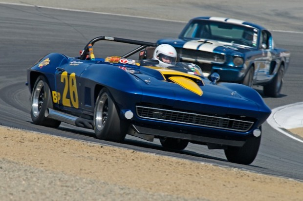 Tommy Thompson comes out of turn 5 in his 1964 Chevrolet Corvette