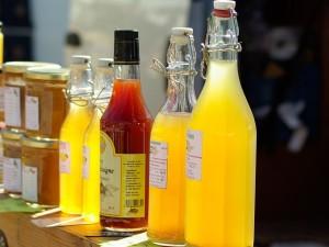 fruit-juices-667570_640