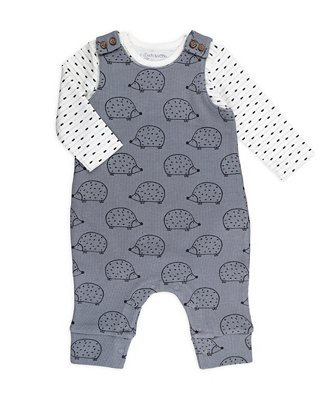 18-Gender-Neutral-Baby-Looks-We're-Loving-Right-Now-2-Piece-Geo-Stripe-Bodysuit-and-Hedgehog-Print-Overall-Outfit-Set