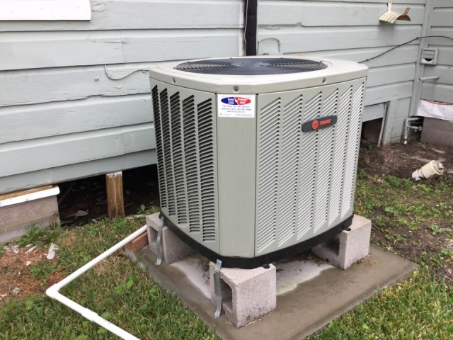 Pasadena, TX - Performing tune-up on a TRANE gas furnace & XR13 condenser