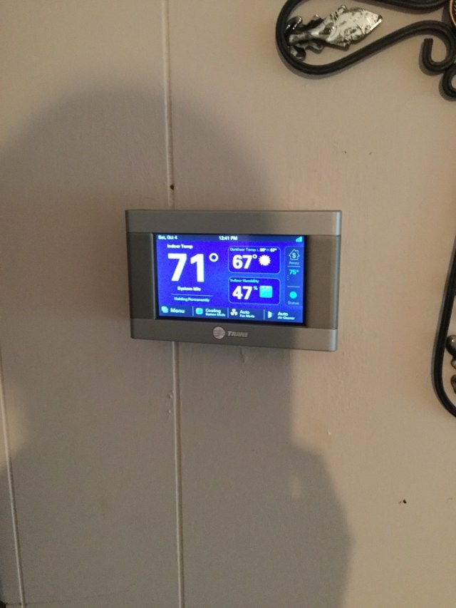 Alvin, TX - Thermostat not operating system correctly. Issues fixed. Tstat reprogrammed and working correctly in Alvin.