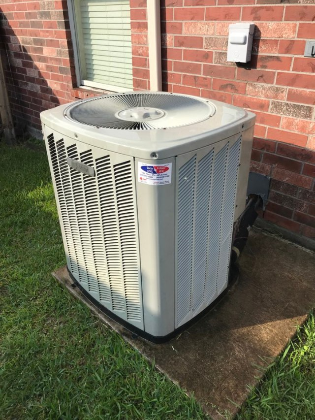 Dickinson, TX - Performed an A/C check on a Trane system. 13 year old system still running strong!