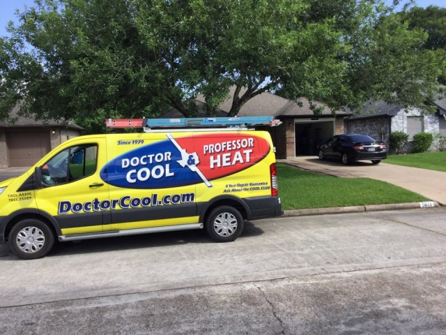 Dickinson, TX - Ac maintenance call. Performed tune up on Trane comfort system