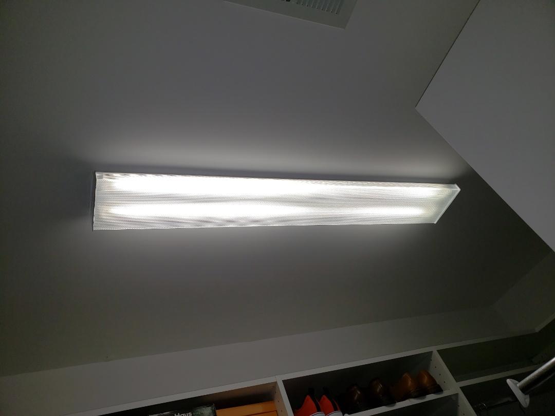 Raleigh, NC - Fix light in master bedroom closet