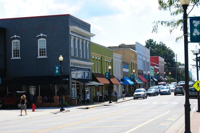 Apex, NC - Checking for outdoor lighting repairs and service.