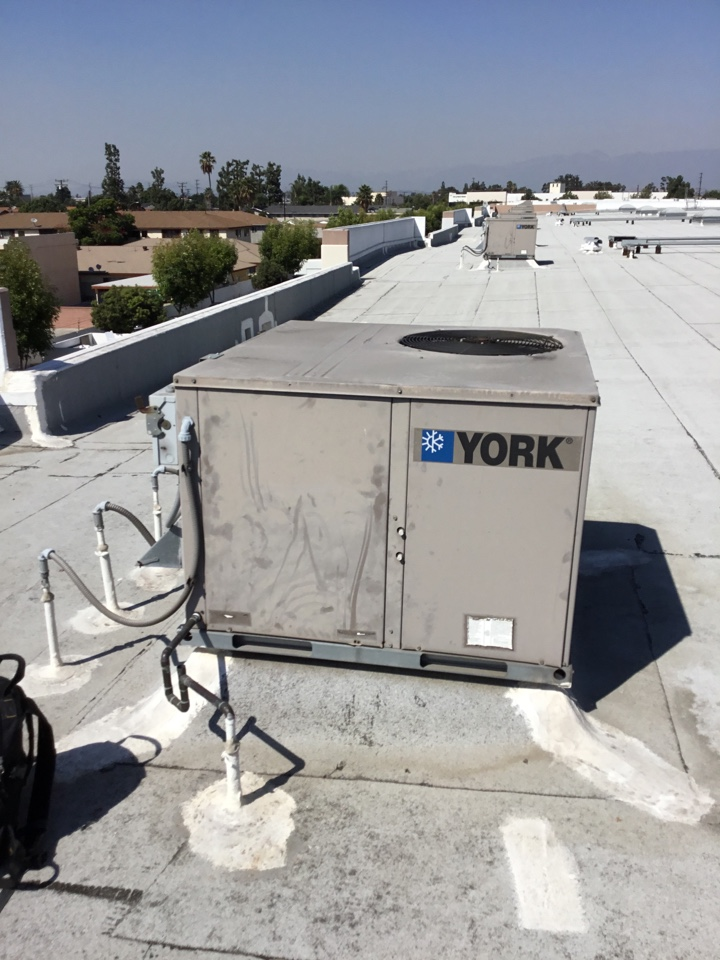 Downey, CA - Preventive maintenance on the commercial package unit