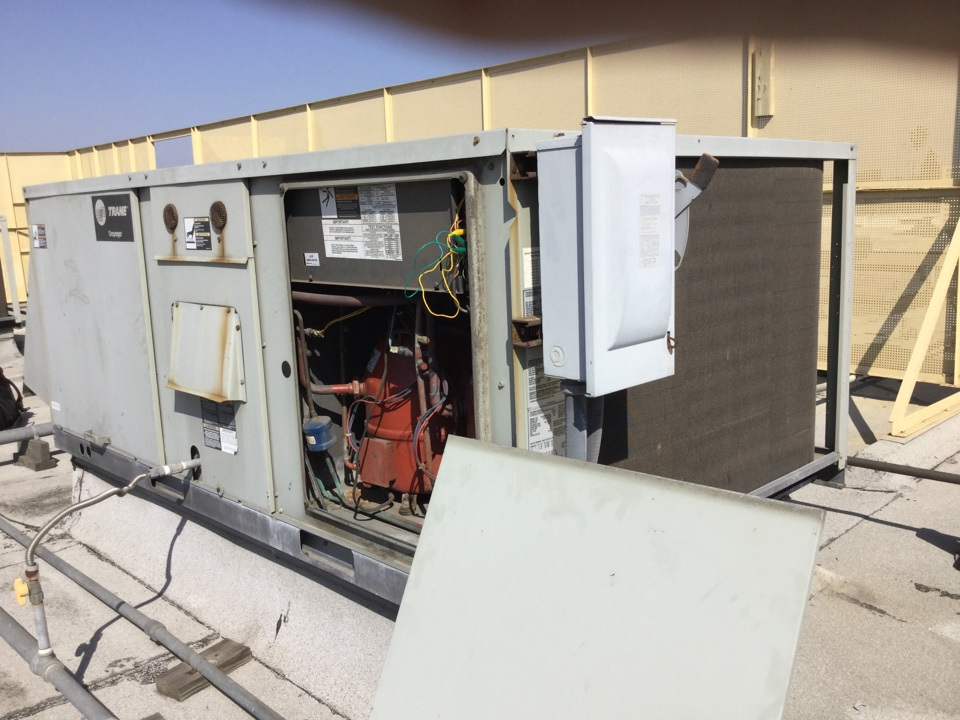 Torrance, CA - Working on a package unit