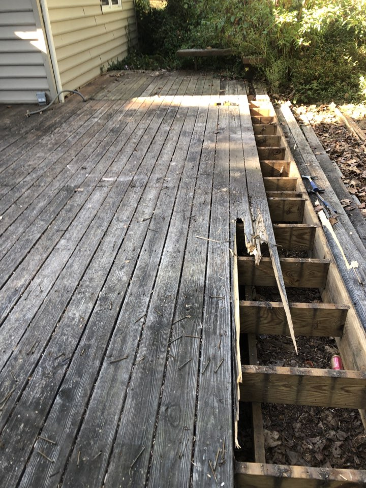 Arnold, MD - Deck resurfacing