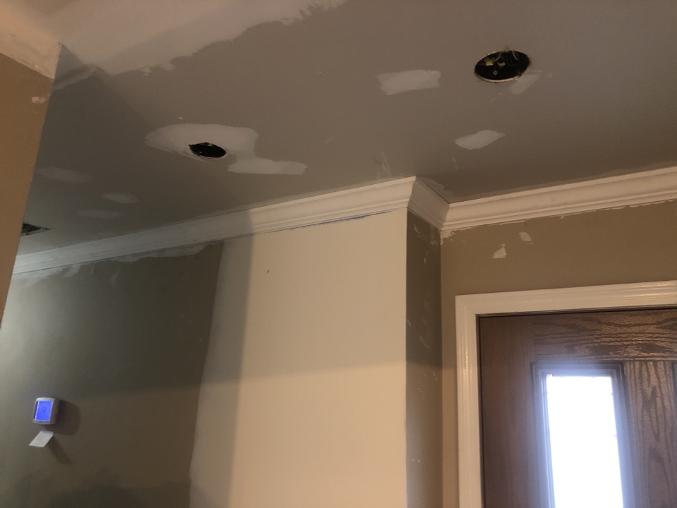"""Clarksville, MD - Installing 3 5/8"""" crown molding"""