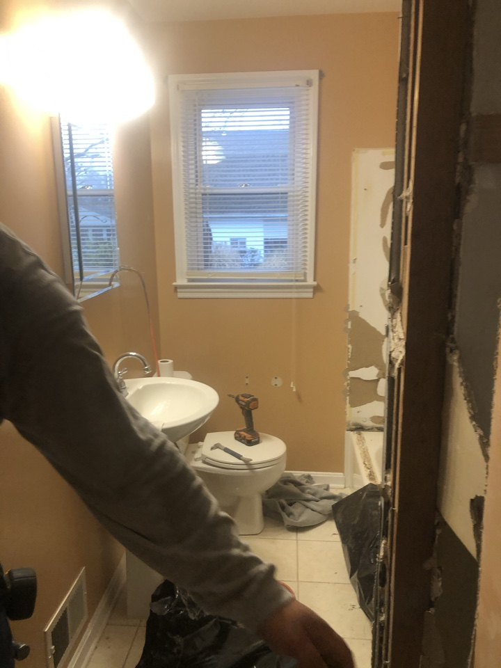Glen Burnie, MD - Bathroom remodel