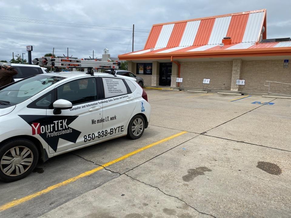 Fort Walton Beach, FL - Making sure Whataburger in Fort Walton has their IT needs met