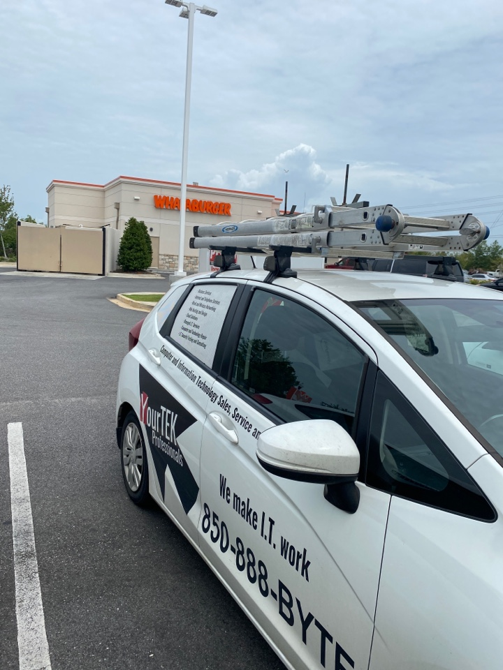 Daphne, AL - Here at the Whataburger in Daphne, AL fixing a router issue