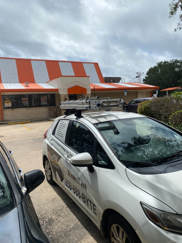 Fort Walton Beach, FL - Here at this Whataburger in Fort Walton helping them get their order bump bars working…..also getting hungry…