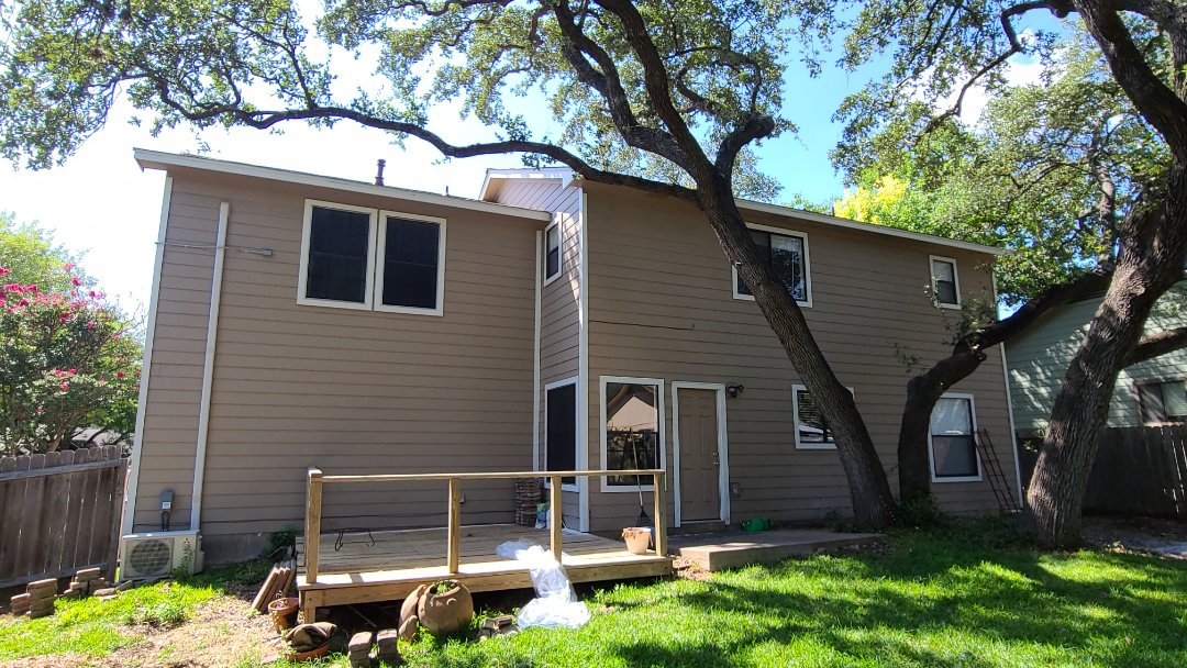 Austin, TX - Time for a new Sherwin Williams Paint job, with white washed brick, and a new GAF Dimensional Shingle Roofing System. Plus a new 260 foot Cedar Fence!