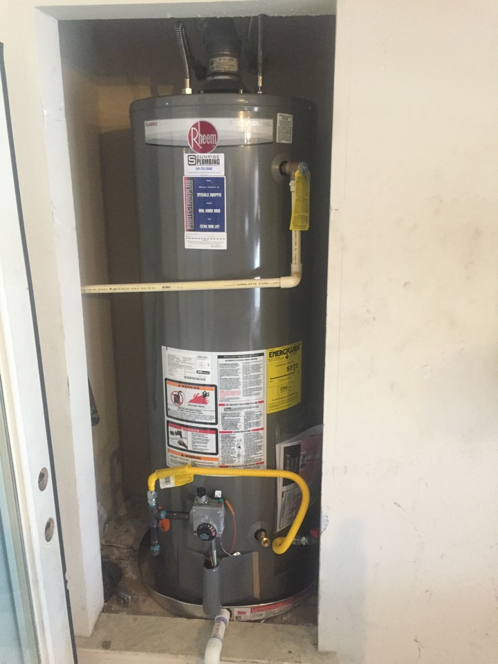 Wylie, TX - Install 50 gallon gas water heater with 10 year warranty in side a garage closet. Wiley plumbers