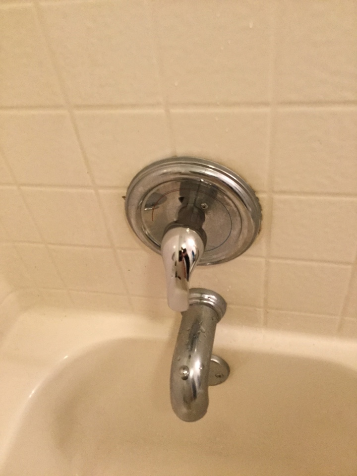 Royse City, TX - Upstairs hallway tub shower and guest bathroom is constantly running. Needs repair. install new Moen cartridge and tub shower handle on faucet. Royse city plumbers