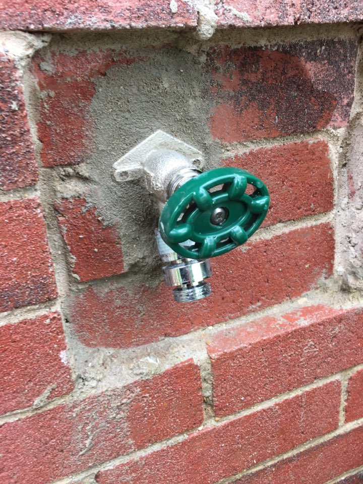 Sachse, TX - Outside faucet handle broken and does not work needs repair. Install new frostproof faucet on outside brick wall. Added mortar.