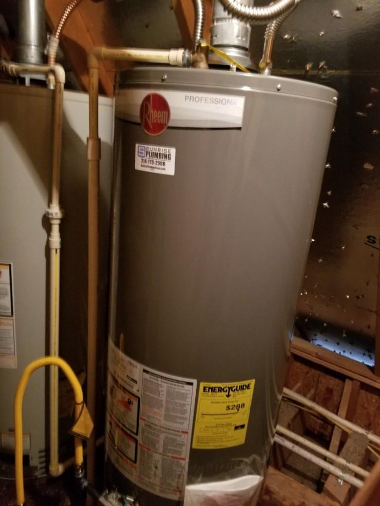 McKinney, TX - 50 gallon gas water heater in attic is leaking need repair. Install new 50 gallon gas water heater. McKinney plumbers