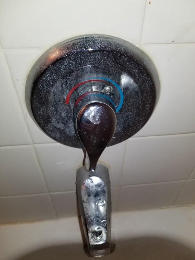 McKinney, TX - Tub shower in hallway guest bathroom not showing off. Need repair. Install new moen posi temp. McKinney plumbers