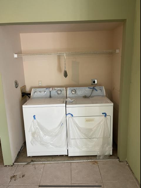 Coral Springs, FL - Inspecting waterlines such as washer and dishwasher can save you from dealing with flood damage and mold. If you need an honesty and professional mold remediation please count on us.