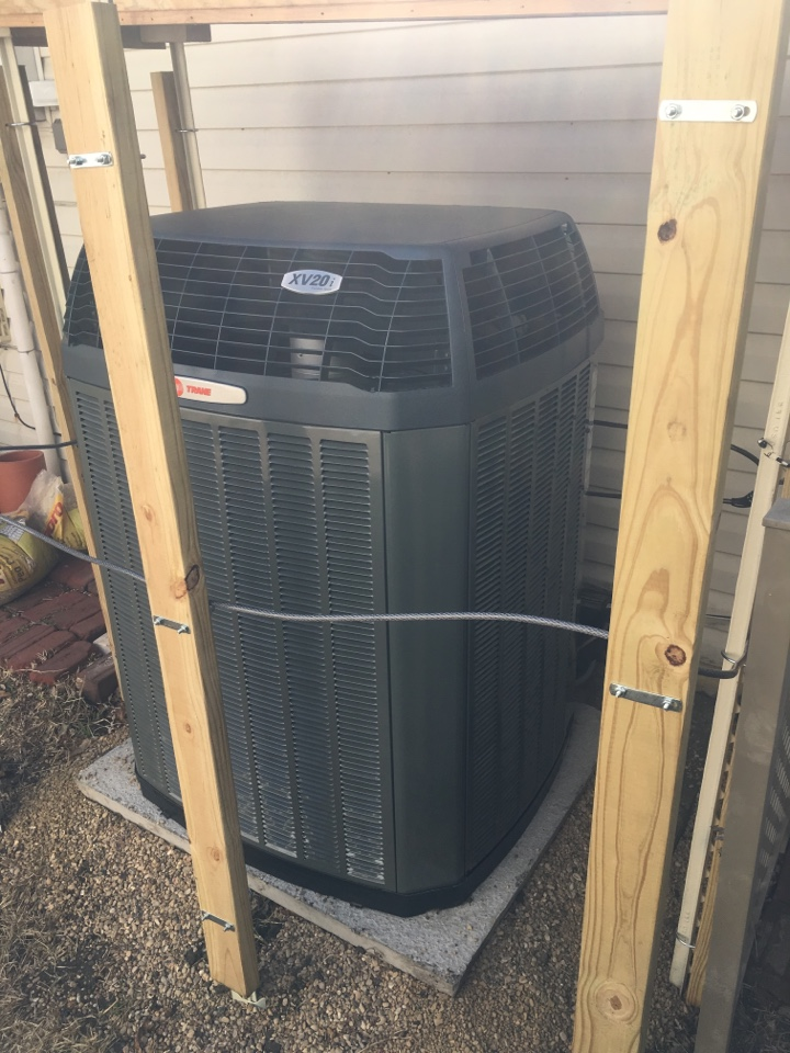 Carrollton, TX - Reviewing Duct Clean, Duct Seal, and Trane XV20i 3 ton communicating up flow complete heat pump system with Nexia 1050 controls.