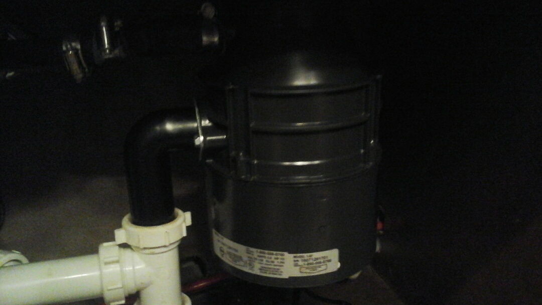 Waxahachie, TX - Garbage disposal leaking