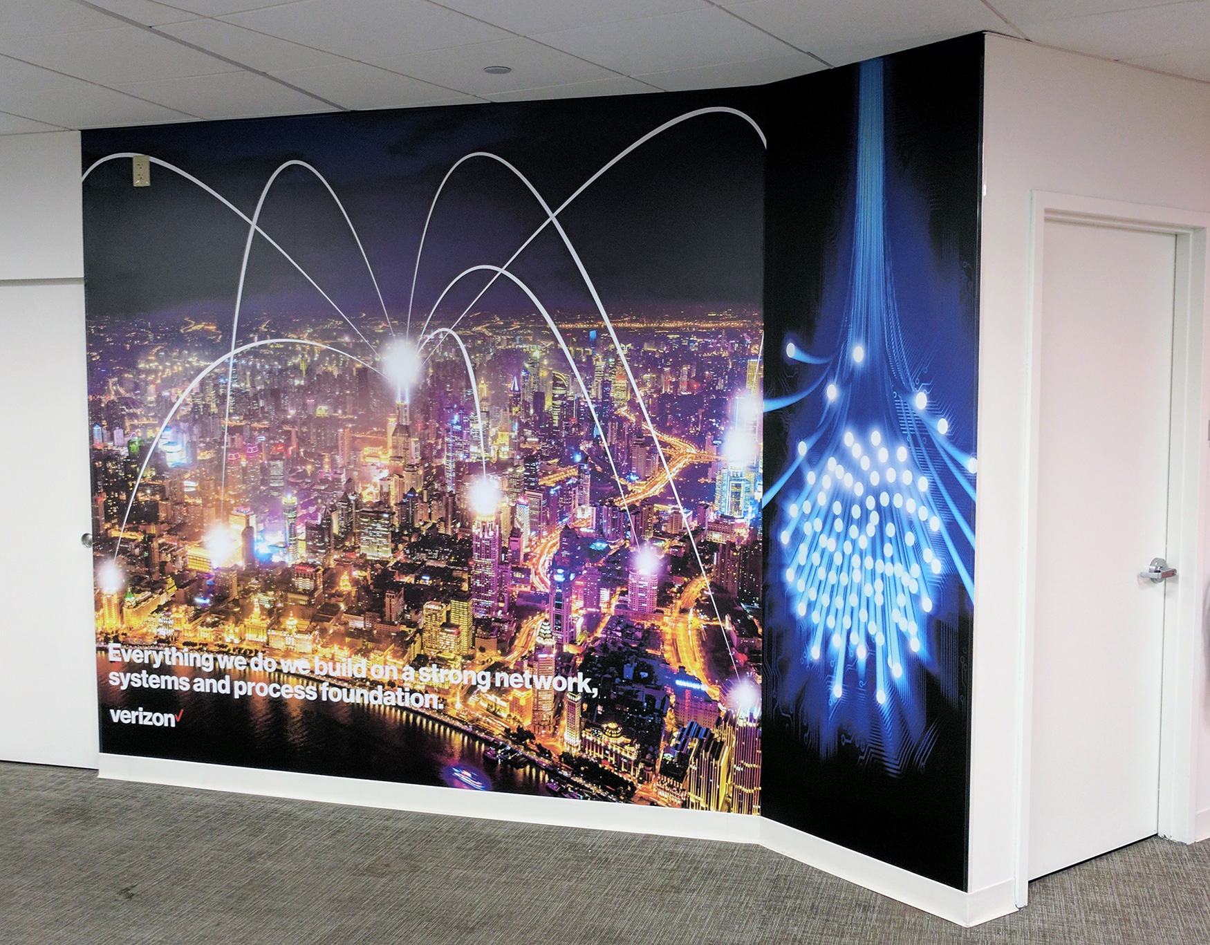 Verizon Fiber Optic City Mural