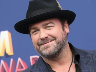 Lee Brice is getting used to falling asleep on the job again