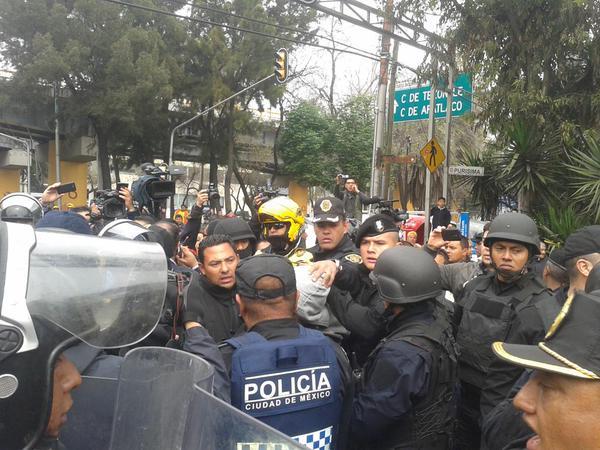 Operativo Rastrillo en Eje 5 Sur deja dos detenidos