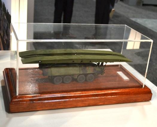 A model of the Pirnaha III bridge layer.