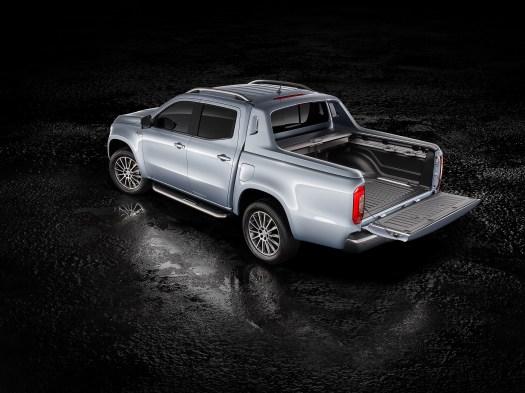 Mercedes' new X-Class Pickup