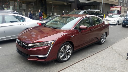 Honda Clarity Plug-In Hybrid promises 47 miles of all-electric range, and 340 total miles,