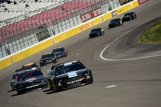 Clint Bowyer [14] leads a pack of cars in a drafting session during a NASCAR test at Las Vegas Motor Speedway on Jan. 31, 2019.