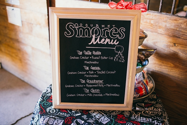 Festively Romantic Christmas Wedding Tidewater And Tulle