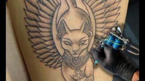 tatuajes de forma de gatos