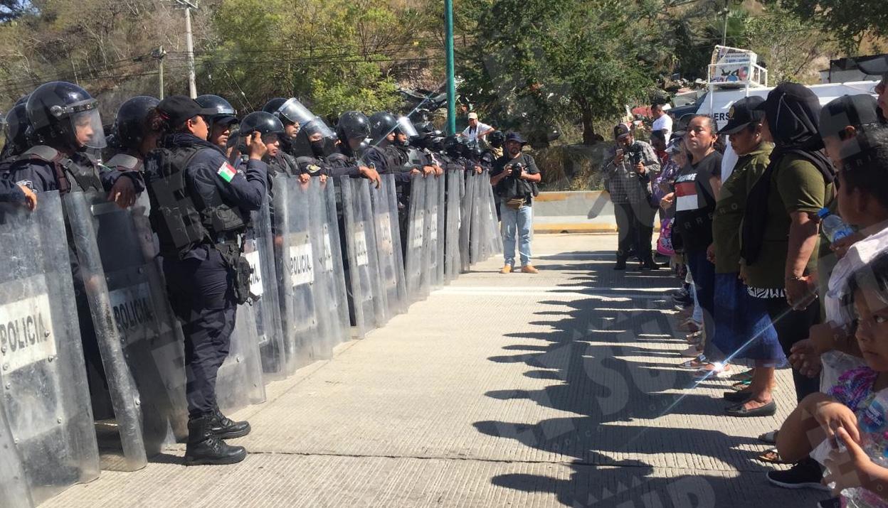 Retiro2, bloqueo presos politicos, jessica torres, 281218